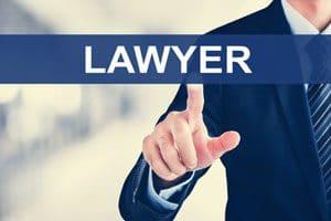 شرایط و منابع آزمون وکالت